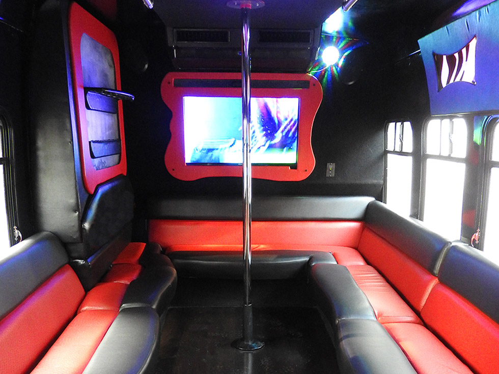 Black Raven Party Bus